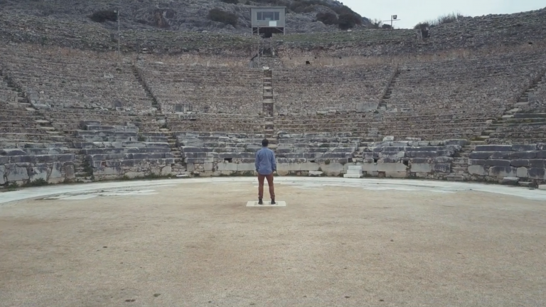 de-greece-barry-colisseum
